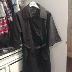 Club Monaco trench coat size L like new condition